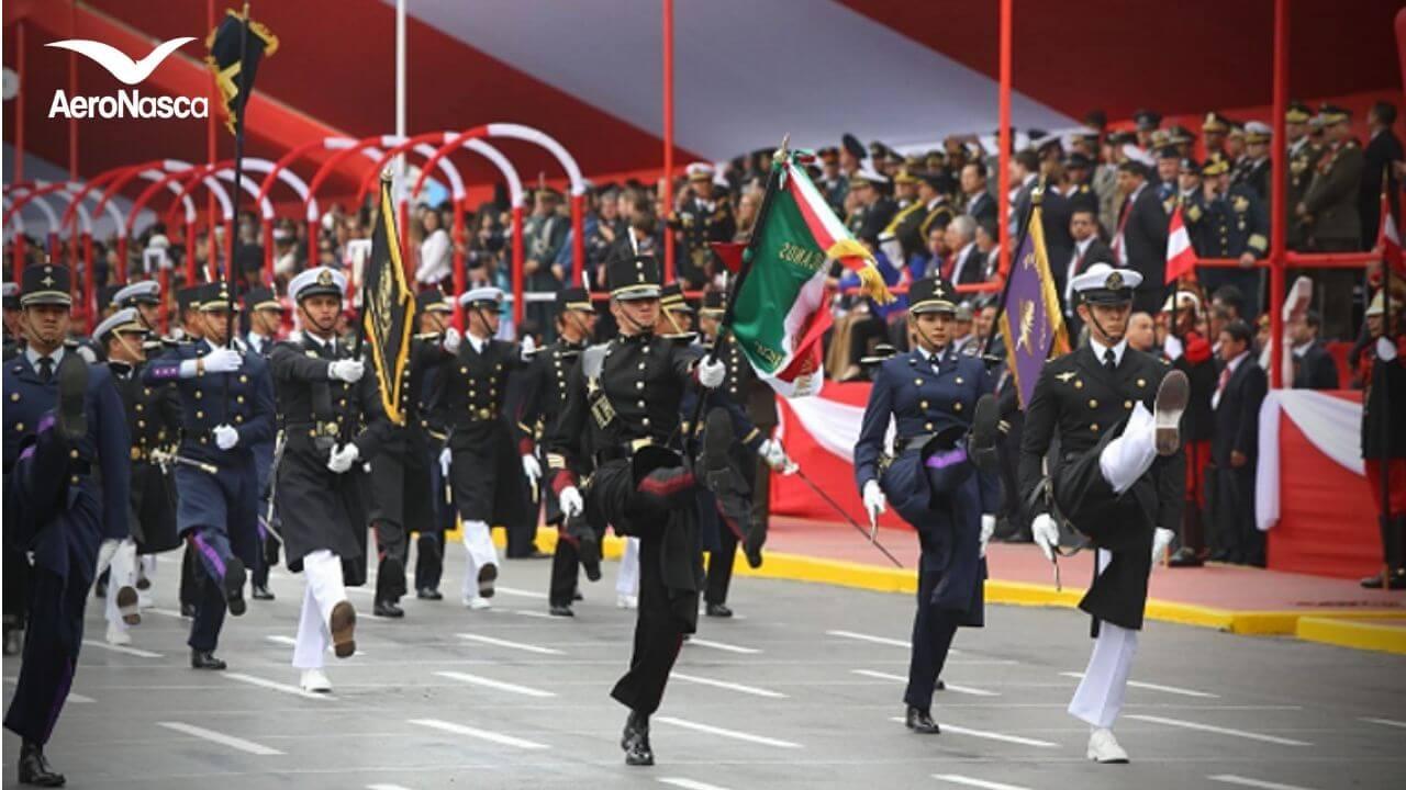 Fuerzas Armadas Peruanas realizando la celebración de las Fechas Patrias